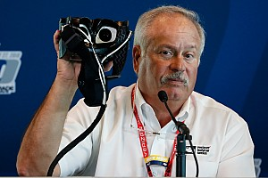 IndyCar Новость Гонщиков IndyCar начали тестировать с помощью странных очков. Зачем?