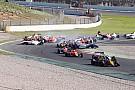 Formula Renault Eurocup Barcelona: Kecelakaan besar di Race 2, Presley P15