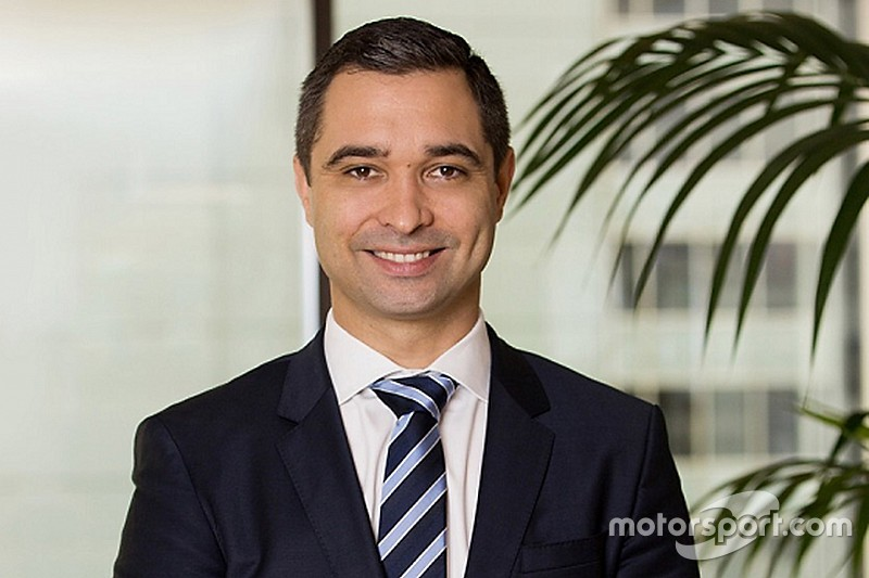 Top advertising executive announced as new Supercars boss