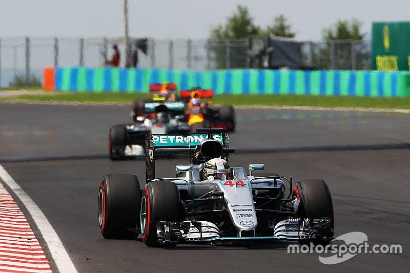 Wolff insists Hamilton didn't try to back Rosberg into Ricciardo