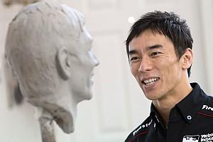 IndyCar Новость Победителю Indy 500 Такуме Сато отлили бюст. Он очень крутой