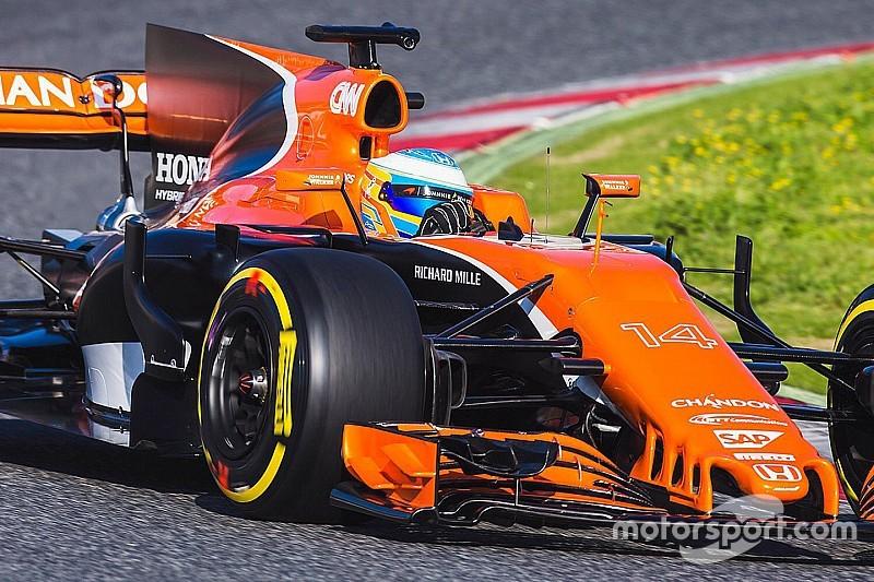 Nieuwe McLaren maakt eerste meters in Barcelona