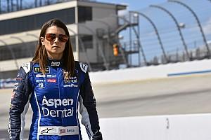 Monster Energy NASCAR Cup Son dakika Danica Patrick 77 yarış sonra ilk 10'a girdi