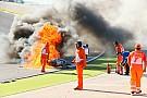 WSBK Видео: мотоцикл выбросил чемпиона Супербайка из седла и сгорел