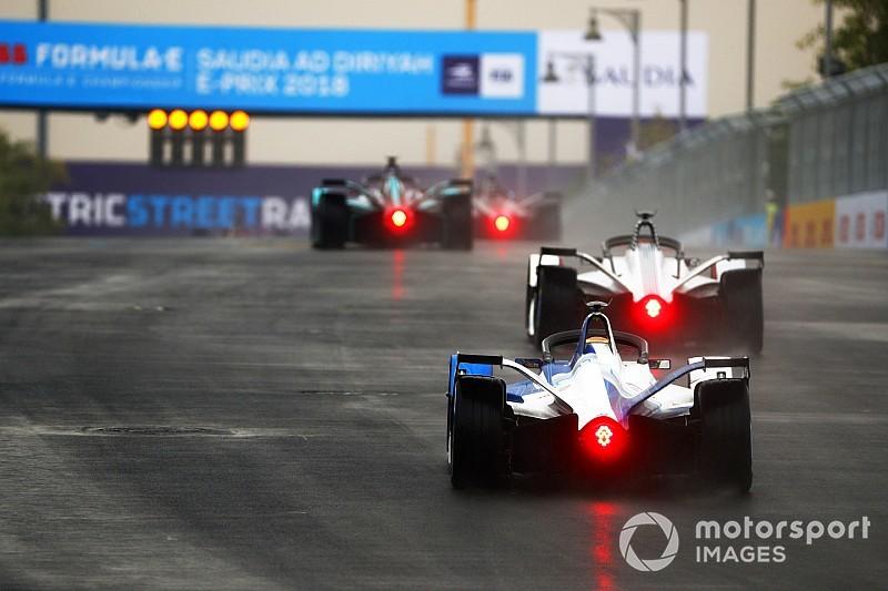 Felix da Costa op pole in Riyad, Vandoorne vijfde bij debuut