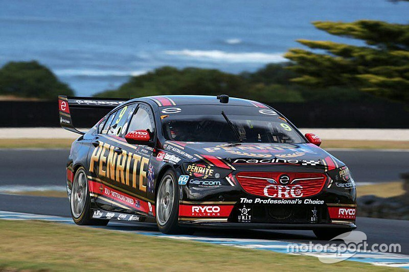 Reynolds leads early Supercars test running