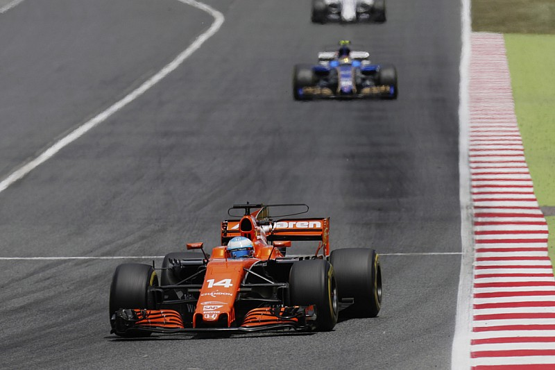【F1】アロンソ「マッサと接触せずとも、素晴らしい結果は無理だった」