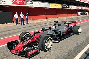 Novo carro da Haas é flagrado durante shakedown na Espanha