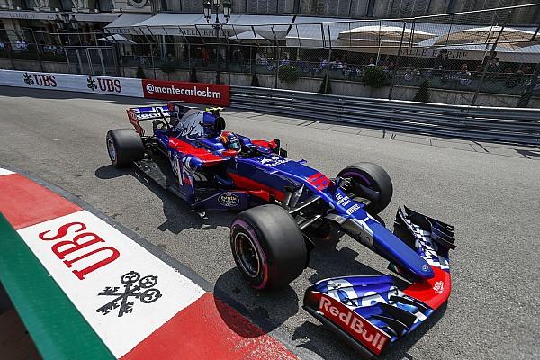 Sainz, con los Red Bull delante: