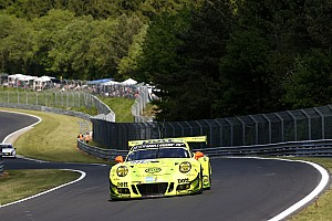 Endurance Verslag vrije training 24 uur Nürburgring: #911 Manthey Porsche snelste in warm-up