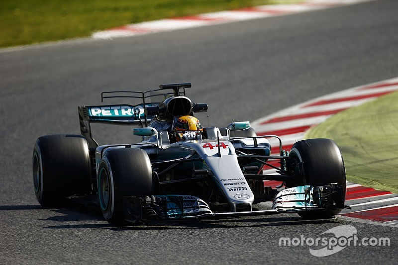 Hamilton yet to find sweet spot with Mercedes F1 car