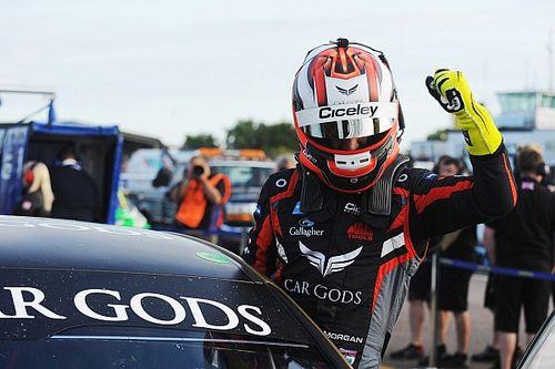 Morgan keeps Thruxton BTCC win despite missing corner