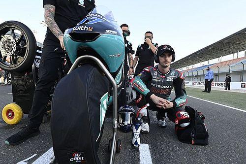 McPhee, Doha Moto3'te yaşadığı kazanın ardından attığı yumruk için özür diledi