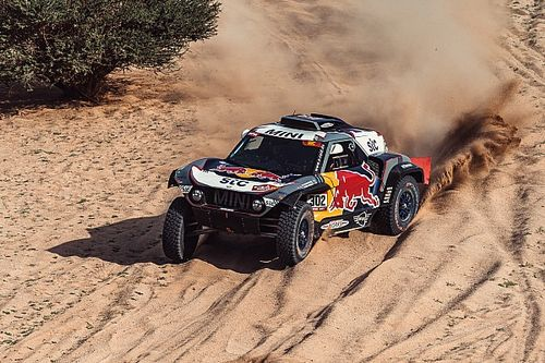 Peterhansel secures record 14th Dakar Rally title