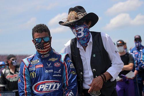 NASCAR confirms FBI investigation into noose incident