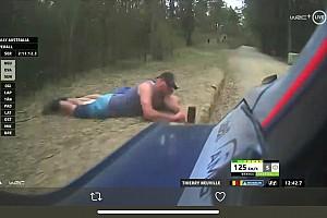 Поліція ідентифікувала глядачів-шибайголів Ралі Австралія