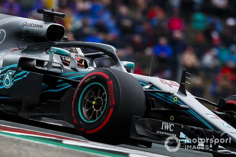 Hamilton: Mercedes'in çok sayıda problemi vardı