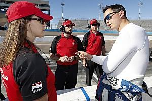 IndyCar Noticias Kanaan y Rahal probarán los nuevos neumáticos de calle de IndyCar