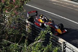 Гран Прі Макао: Тіктем виграв гонку після аварії лідерів у останньому повороті, Шумахер 17-й