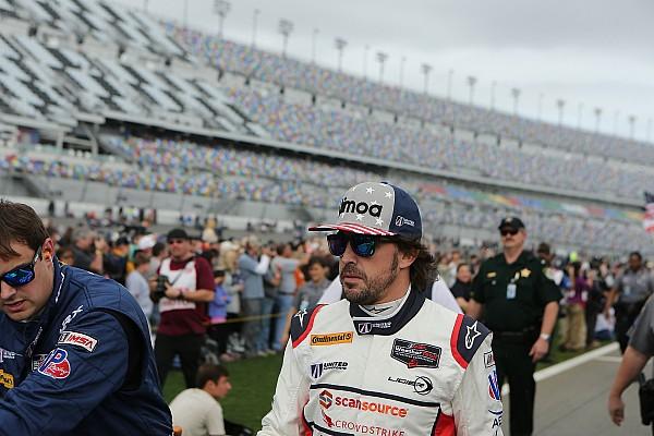 Fernando Alonso, contento por estar en las 24 Horas de Daytona