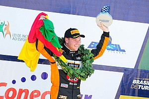 Brasileiro de Turismo Relato da corrida Gabriel Robe conquista rodada dupla de Cascavel no Turismo