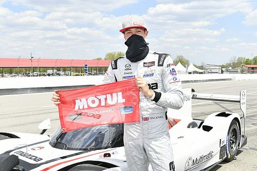 Mazda na pole position