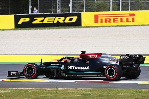 Hamilton 'amazed' by McLaren, Ferrari F1 progress
