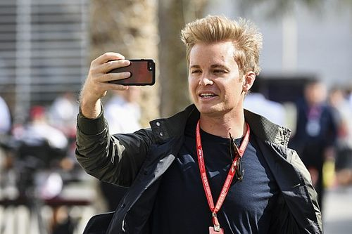 "Verstappen: Contrarian Rosberg ""the new Jacques Villeneuve"""