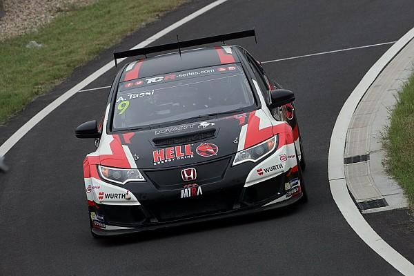 TCR: Három autóval versenyez Dubajban Michelisz csapata