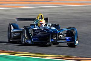 Formula E Son dakika Eski F1 pilotu Haryanto ilk Formula E testini tamamladı