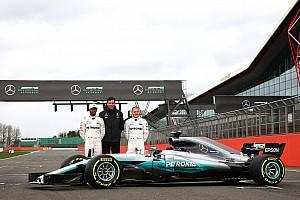 Fórmula 1 Últimas notícias Após vazamento, Mercedes exibe carro oficialmente