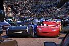 Geral Disney inclui bordões de narradores em roteiro de Carros 3