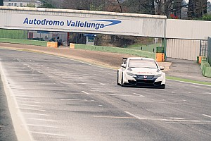 WTCC Test La Honda prosegue i test a Vallelunga