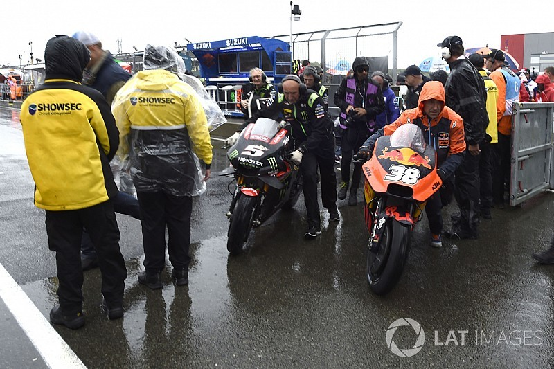 Гонку MotoGP в Сильверстоуне отменили