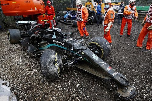 Mercedes onthult details over crash van Bottas in Imola