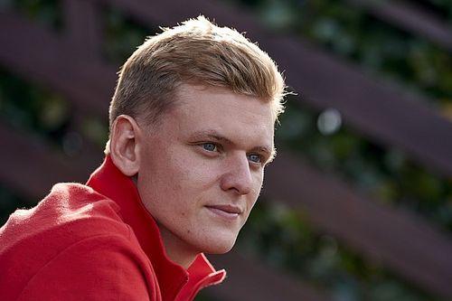 RETA FINAL: Schumacher perto da Haas, GP do Bahrein de F1 e notícias do fim de semana do esporte a motor