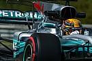 Formula 1 Hamilton prenota la pole, ma sul filo dei decimi con Ferrari e Red Bull