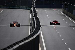 Verstappen összetörte a Red Bullt, de a második edzést is megnyerte: újabb Honda KO