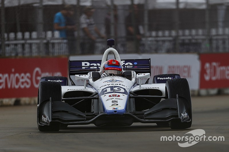 Уволенный из Формулы 2 Ферруччи выступит на двух этапах IndyCar