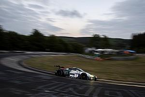 Endurance Qualifiche 24h Nurburgring: Van der Linde mette l'Audi in vetta nella Q1
