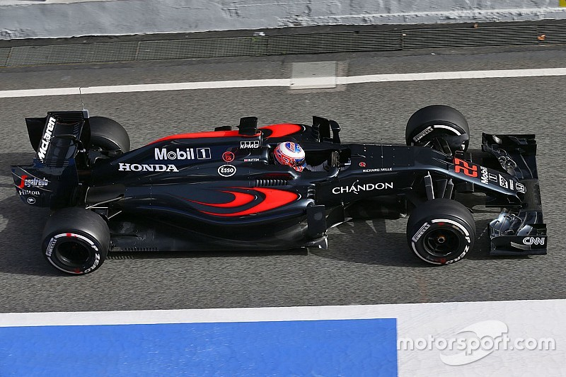 "Button says McLaren deployment issues ""definitely improved"""
