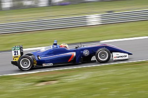 F3 Europe Breaking news Carlin set to replace Dennis after Pau F3 round
