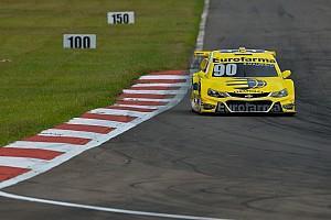 Stock Car Brasil Relato do treino livre R. Maurício é o mais rápido em treino de sexta no Velopark