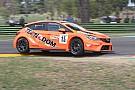 TCR Italia Kevin Giacon si prende con grinta Gara 1 di Vallelunga