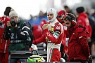 Євро Ф3 Інженер Міхаеля Шумахера працює з його сином у Формулі 3