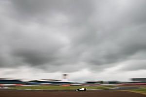 Formule Renault Raceverslag FR2.0 Silverstone: Shwartzman pakt tweede zege, P6 Verschoor
