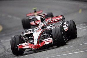 """Alonso: """"İnsanlar, 2007 yılında Hamilton'la yarışırken Bridgestone'a geçtiğimizle ilgilenmiyor"""""""