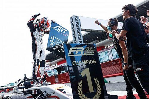 Grégoire Saucy nouveau champion de Formule Régionale by Alpine