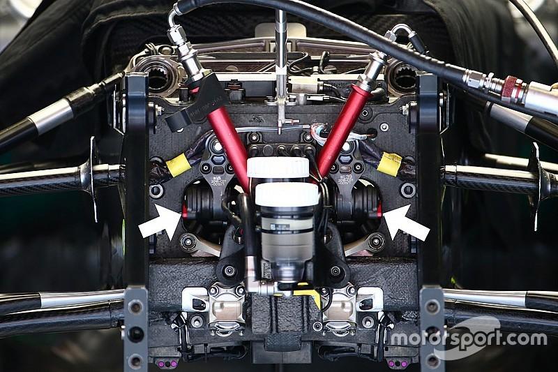 Mercedes: è idraulica anche la barra di rollio della W07 Hybrid?