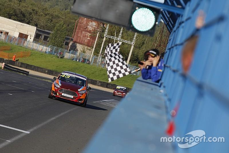 """Блог """"Зенит Моторспорт"""": два подиума Масленникова на шестом этапе РСКГ"""